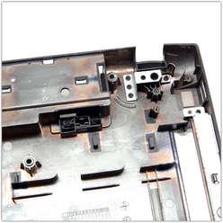 Нижняя часть корпуса, поддон ноутбука Samsung R730 BA75-02387A, BA81-08559A