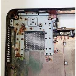 Поддон, нижняя часть корпуса ноутбука Dell N7010, CN-0RDK42-72852